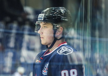 """Neftekhimik"" extended contracts with 2 players"